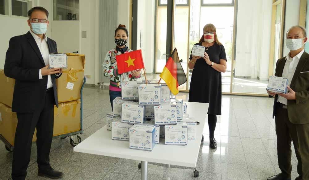 Vietnamesen helfen Dresden erneut beim Kampf gegen Corona