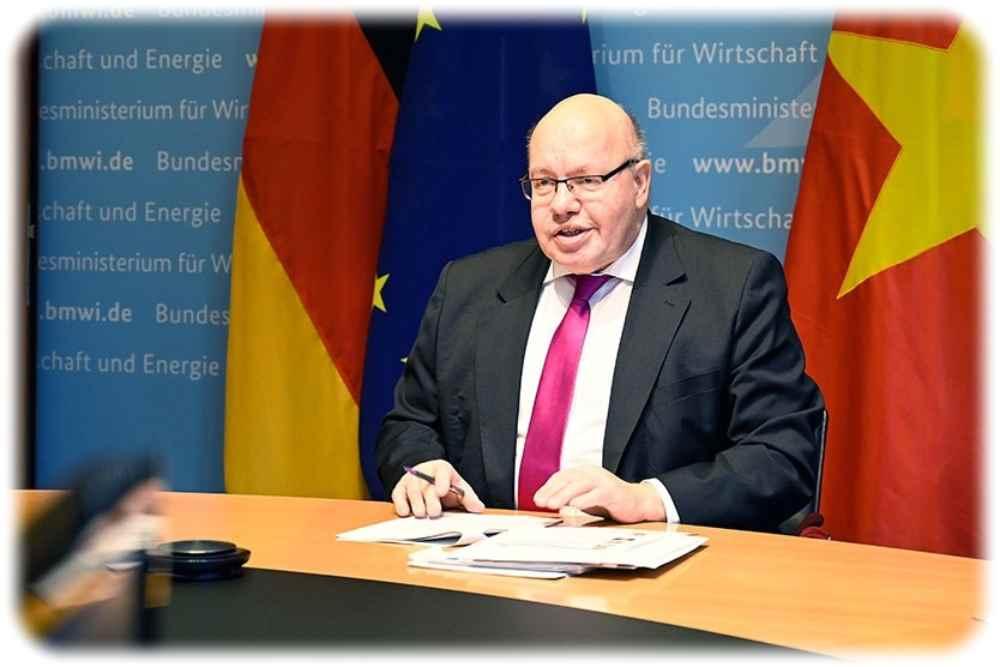 Bundeswirtschaftsminister Peter Altmaier bei der Auftaktsitzung des Gemeinsamen Wirtschaftsausschusses zwischen Deutschland und Vietnam. Foto: Andreas Mertens für das BMWi