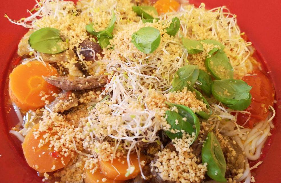 Rezept für Rinder-Nudelsuppe aus Vietnam: Bún Bō Thao